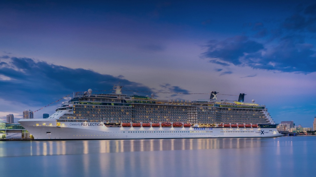 9935-ship-exterior-reflection-overview-80-opacity.jpg