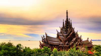 Самое большое деревянное сооружение в мире.